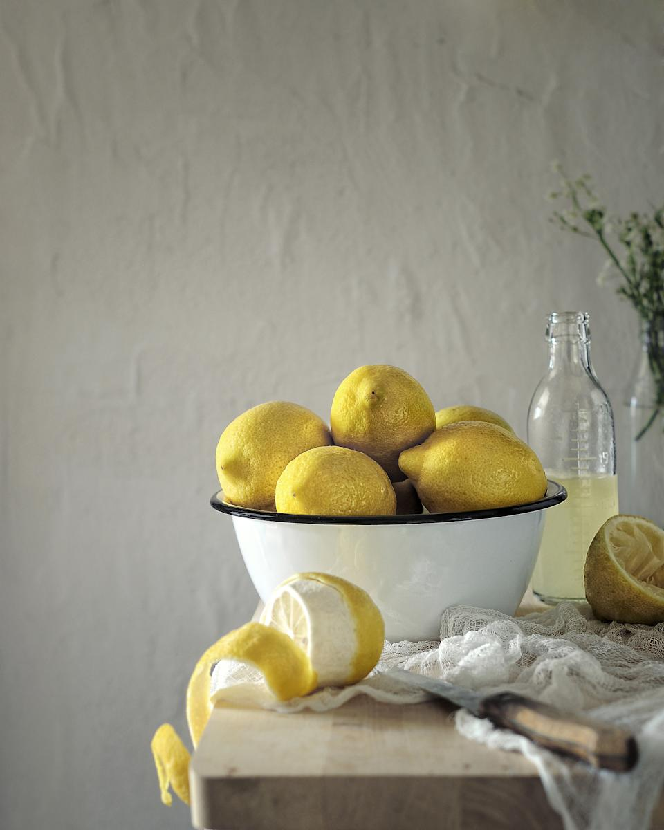 Chefs have been sharing their lemon hacks. (Getty Images)