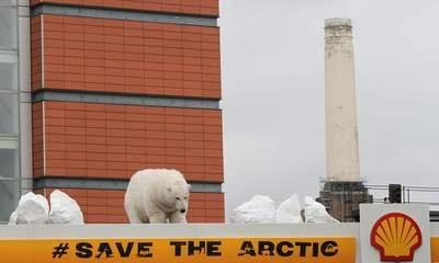 Arctic Oil Protesters Target Shell Garages