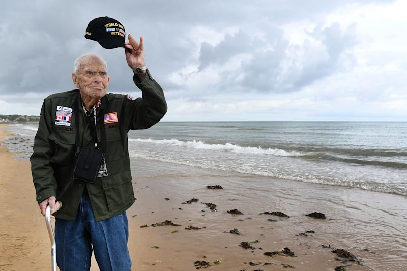 WWII veteran Loren Kissick from Puyallup, Washington, stands on Omaha Beach in Saint-Laurent-sur-Mer, Normandy, north-western France, on June 5, 2019, amid ceremonies marking the 75th anniversary of D-Day.