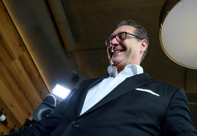 Strache announcing 'a total withdrawal from politics and public life' in October 2019