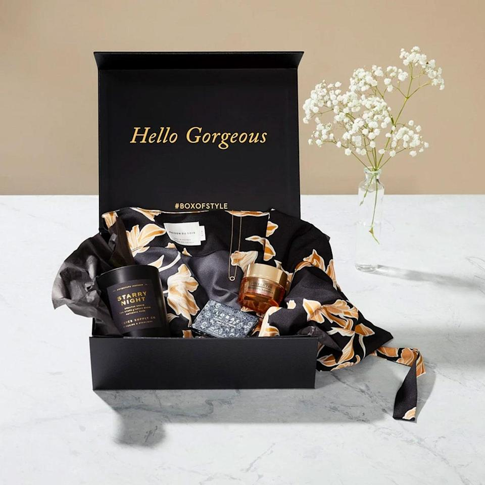 """Box of Style is one of the original subscription boxes for women. Curated by Rachel Zoe (who has styled everyone from Cameron Diaz to Keira Knightley), this seasonal box comes with five luxury items. The Summer 2020 box, for example, features a Danielle Nicole macramé handbag, Henny + Lev canvas weekender, a Dream Floral sarong, Hydra-Repair day cream, the Kosas Color and Light Palette and beaded tassel earrings. $100, Box of Style. <a href=""""https://www.boxofstyle.com/products/box-of-style-membership"""" rel=""""nofollow noopener"""" target=""""_blank"""" data-ylk=""""slk:Get it now!"""" class=""""link rapid-noclick-resp"""">Get it now!</a>"""