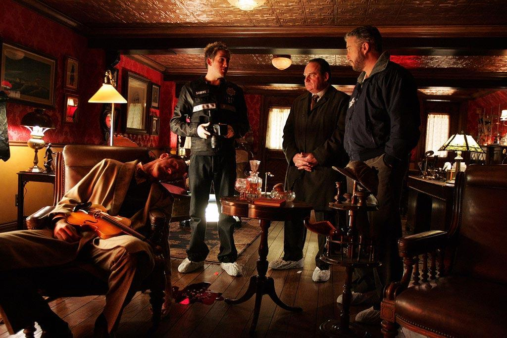 "Greg (Eric Szmanda), Captain Jim Brass, and Grissom investigate the murder of a Sherlock Holmes enthusiast found dead in his perfectly re-created Victorian Era Baker Street study. (""Who Shot Sherlock"" 1/6/2005, Season 5)"