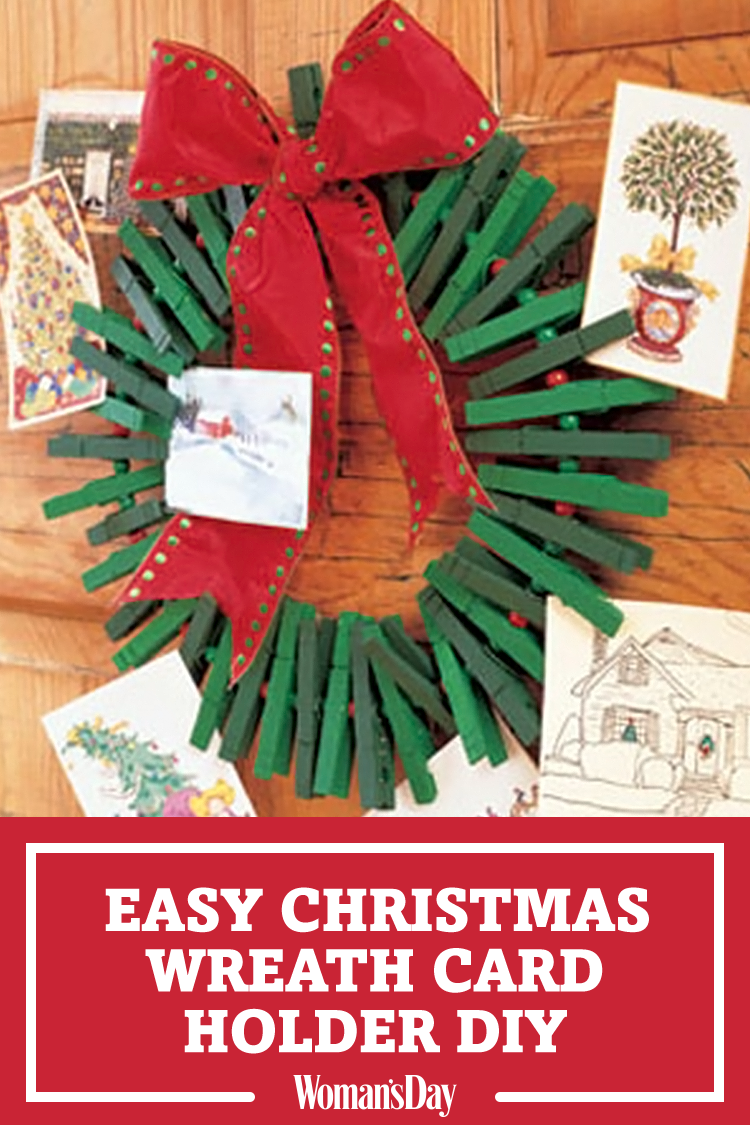 How to Make a DIY Christmas Card Holder Wreath