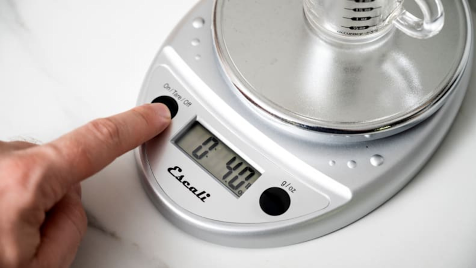 Gifts for bakers: Escali Primo Precision Kitchen Food Scale