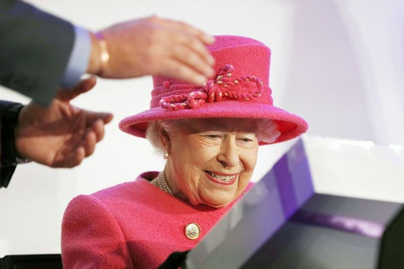 Queen Elizabeth Steps Out Solo on 71st Wedding Anniversary