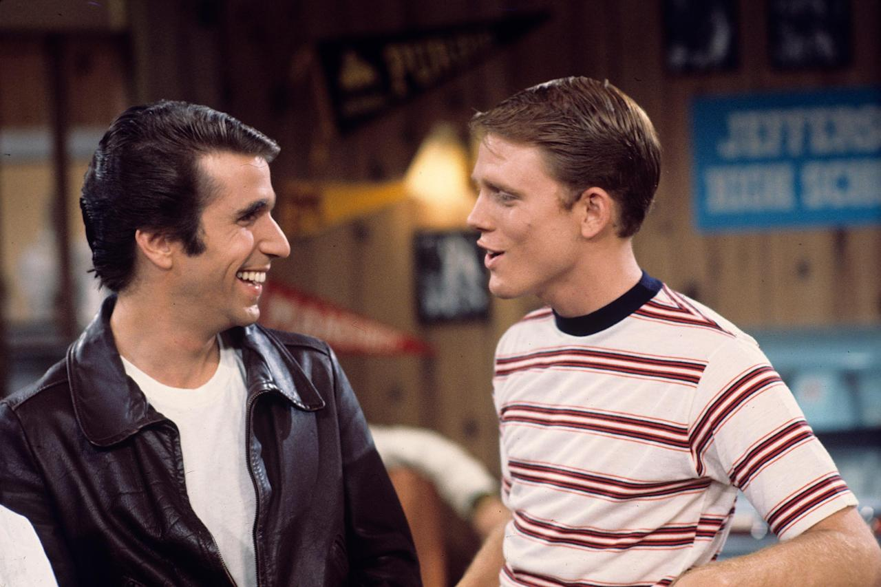 Ron Howard and Happy Days Cast Wish Henry Winkler Good Luck Ahead of Golden  Globes