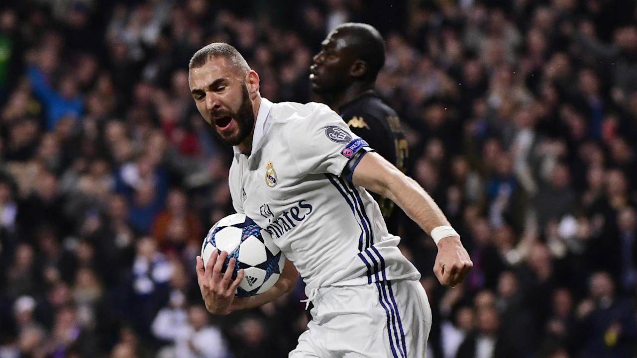 Out of the picture with Les Bleus, the attacker has found an ally in the Manchester United legend, who pointed out some hypocrisy in his country