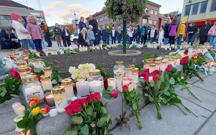 Flowers and candles in Kongsberg - Pal Nordseth/AP Photo