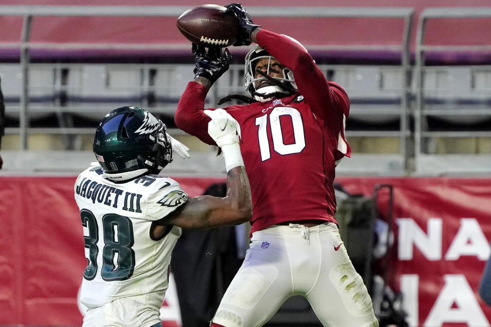 DeAndre Hopkins catches a touchdown against the Eagles last week. (AP Photo/Rick Scuteri)