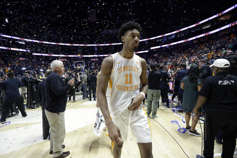 Tennessee's Kyle Alexander walks off the court after losing to Auburn in the championship game of the NCAA Southeastern Conference basketball tournament Sunday, March 17, 2019, in Nashville, Tenn. Auburn won 84-64. (AP Photo/Mark Humphrey)