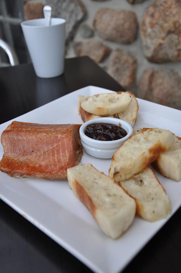 Tasmania is famous for its food and one of the most renowned eateries is the Bruny Island Smoke House. Here's you can get so-fresh-it's-practically-still-alive rainbow trout, as well as our particular favourite, smoked wallaby pate. Yummy!