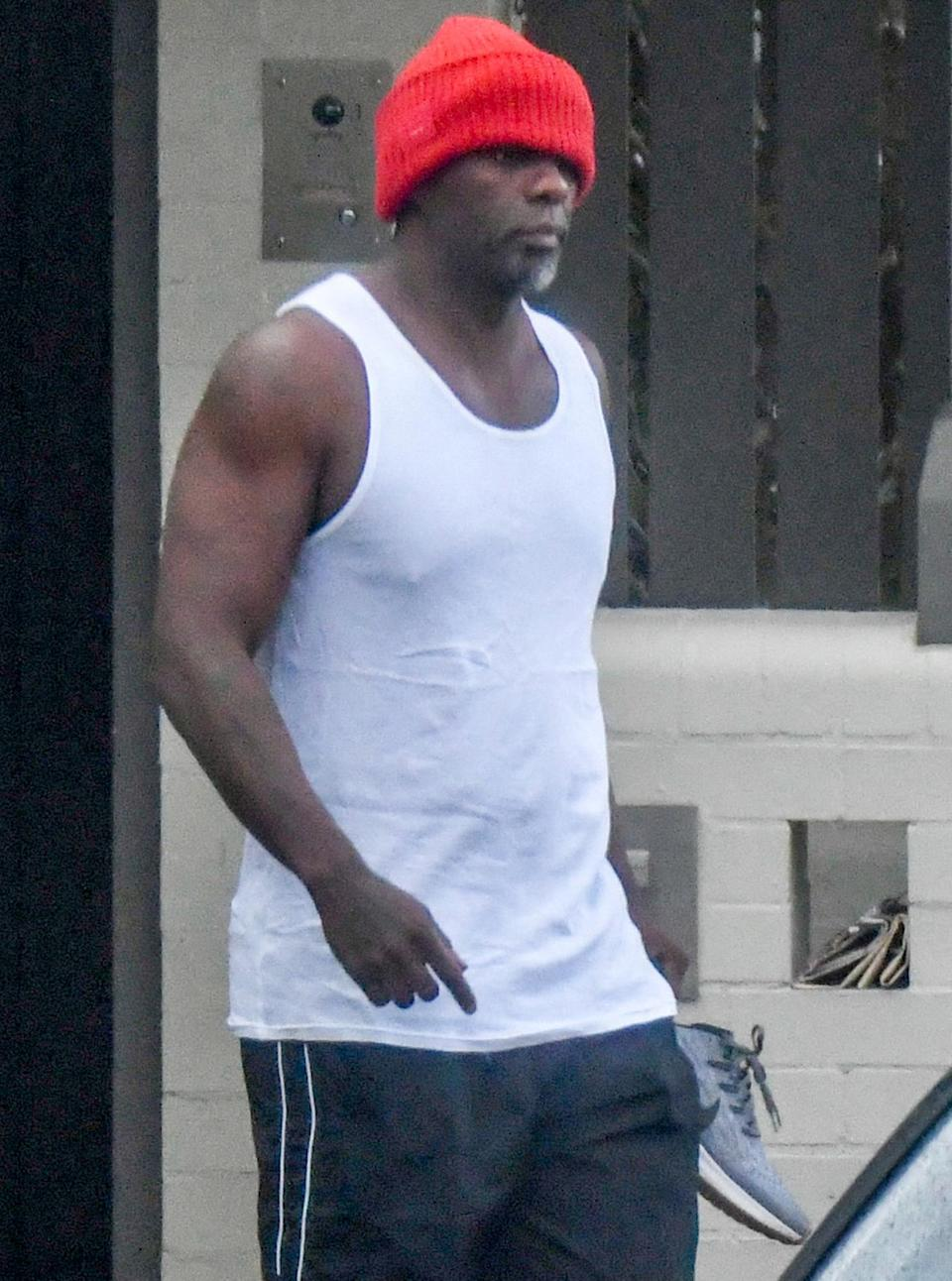 <p>Idris Elba heads out for a morning workout in Sydney's CBD on Tuesday.</p>