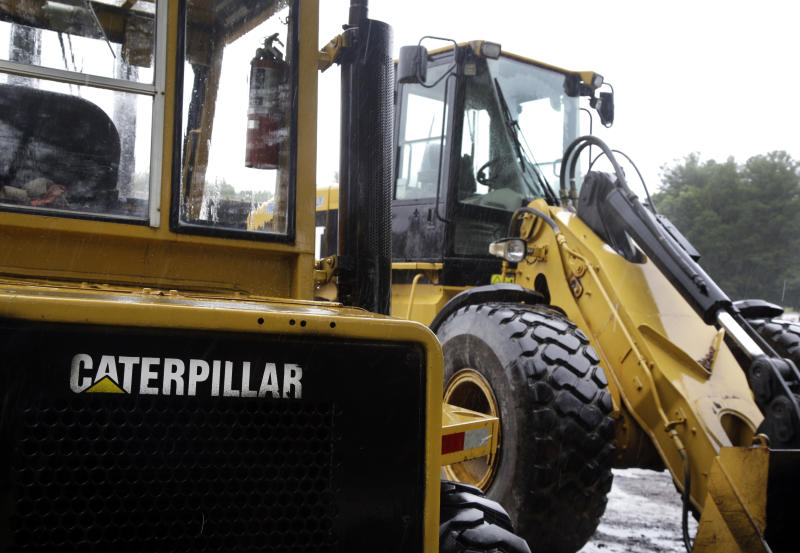 Caterpillar stumbles; China's slowing growth begins to show