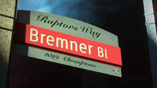 Just outside the Scotiabank Arena, Bremner Boulevard has been renamed as Raptors Way. (Twitter/Kiss925)