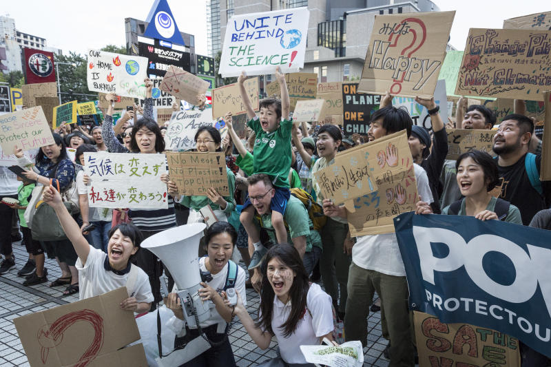 Participants gather at United Nations University prior to Global Climate Strike on September 20, 2019 in Tokyo, Japan. (Photo: Yuichi Yamazaki/Getty Images)