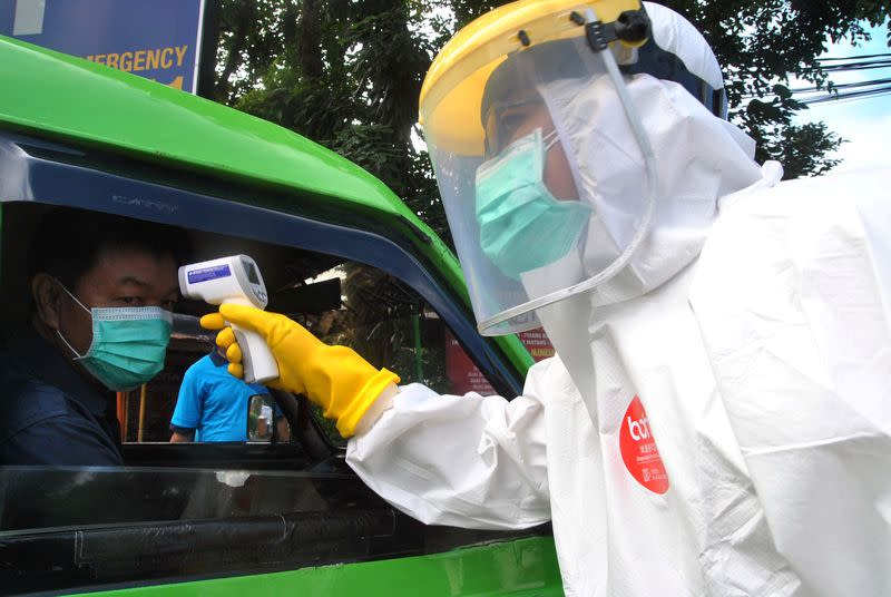 Indonesia reports biggest jump in coronavirus deaths as Malaysia trend improves