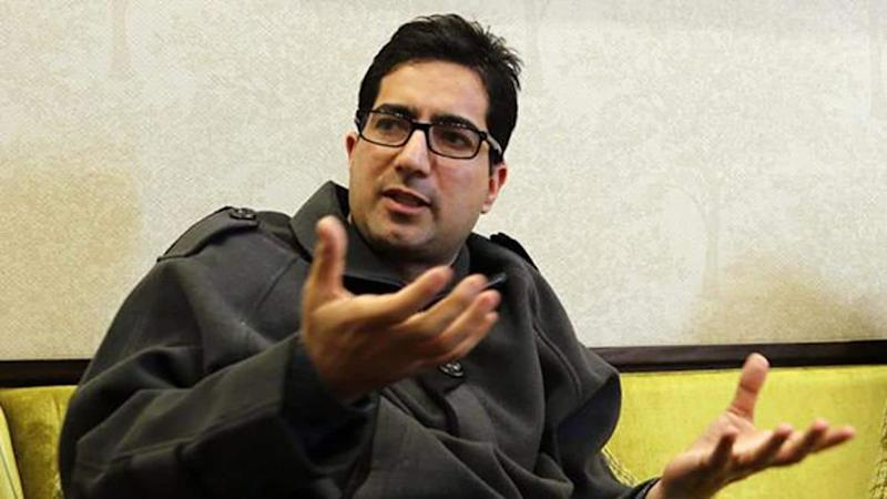 J&K: Shah Faesal quits politics; likely to rejoin government service