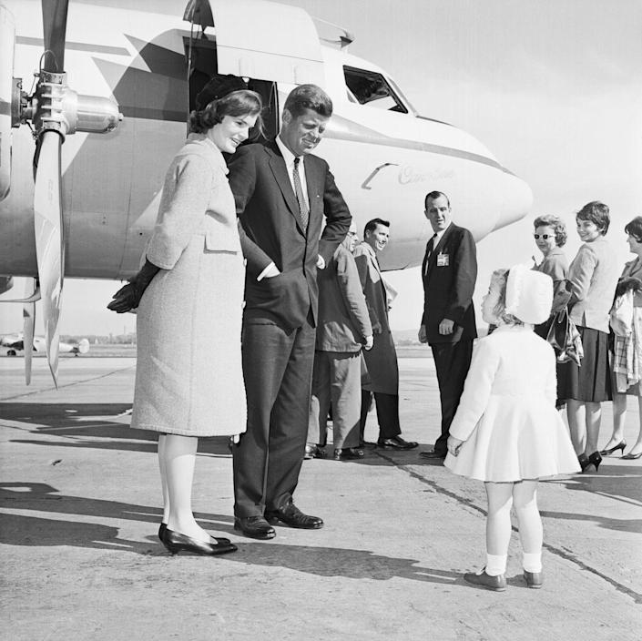 <p>Presidential candidate Senator John F. Kennedy says goodbye to Caroline and Jacqueline, who at the time was pregnant with John F. Kennedy Jr.<br></p>