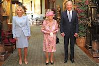 """<p>The Bidens and the Queen stopped to pose in the Grand Corridor at Windsor Castle before tea.</p> <p>The Queen most recently hosted former President <a href=""""https://people.com/tag/donald-trump/"""" rel=""""nofollow noopener"""" target=""""_blank"""" data-ylk=""""slk:Donald Trump"""" class=""""link rapid-noclick-resp"""">Donald Trump</a> and his family at Buckingham Palace in 2019, and also welcomed former President <a href=""""https://people.com/tag/barack-obama/"""" rel=""""nofollow noopener"""" target=""""_blank"""" data-ylk=""""slk:Barack Obama"""" class=""""link rapid-noclick-resp"""">Barack Obama</a> to Windsor in 2016.</p>"""