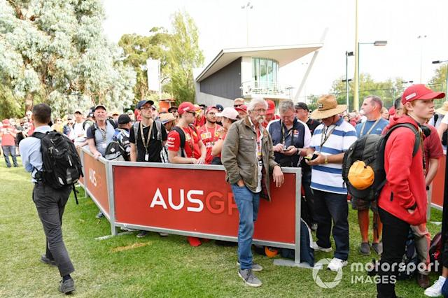 "Fans <span class=""copyright"">Mark Sutton / Motorsport Images</span>"