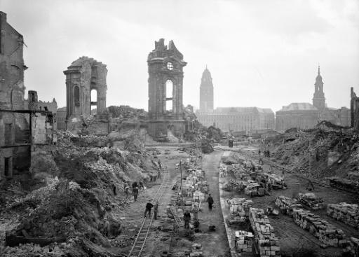German neo-Nazis have tried to exploit the destruction of Dresden for political ends