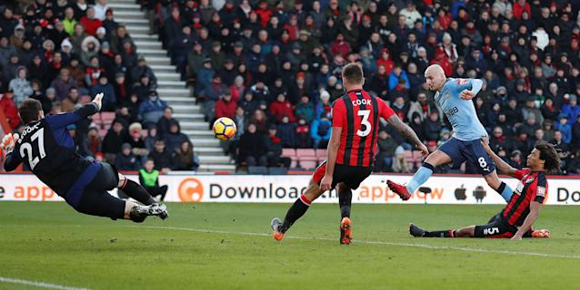 """Soccer Football - Premier League - AFC Bournemouth vs Newcastle United - Vitality Stadium, Bournemouth, Britain - February 24, 2018 Newcastle United's Jonjo Shelvey misses a chance to score Action Images via Reuters/Matthew Childs EDITORIAL USE ONLY. No use with unauthorized audio, video, data, fixture lists, club/league logos or """"live"""" services. Online in-match use limited to 75 images, no video emulation. No use in betting, games or single club/league/player publications. Please contact your account representative for further details."""