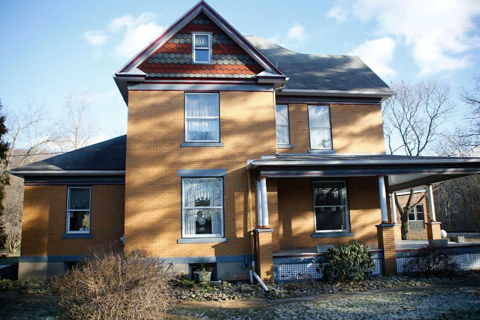 """<p>The house featured in 1991 classic thriller where """"Buffalo Bill"""" stalks Clarice Starling (Jodie Foster) is actually located in rural Pennsylvania near Pittsburgh. And, in 2016, it sold for nearly $200,000. However, luckily for the new owner, the basement used in the movie was actually on a soundstage. The scariest part of this house? It has five bedrooms but only ONE bathroom. Talk about a horror.<br> </p><p>8 Circle St. Layton, Pennsylvania 15473</p>"""