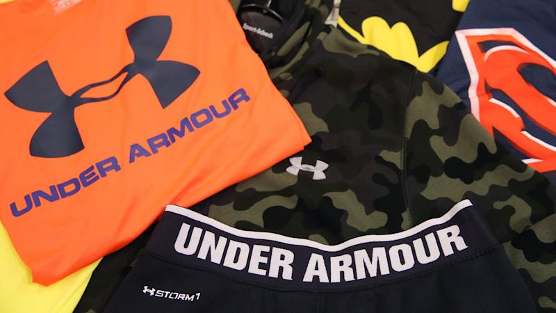 Kleidungsstücke der Marke «Under Armour». Foto: Christian Charisius/Illustration