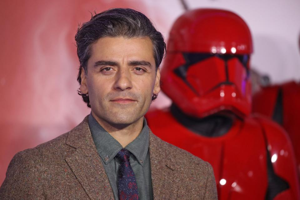 """LONDON, ENGLAND - DECEMBER 18: Oscar Isaac attends """"Star Wars: The Rise of Skywalker"""" European Premiere at Cineworld Leicester Square on December 18, 2019 in London, England. (Photo by Mike Marsland/WireImage)"""