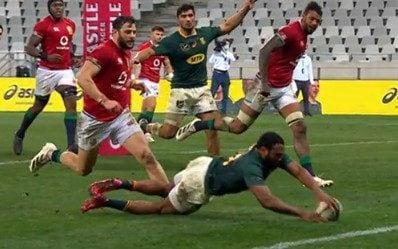 Am does just enough to persuade the match officials to award the try - SKY SPORT