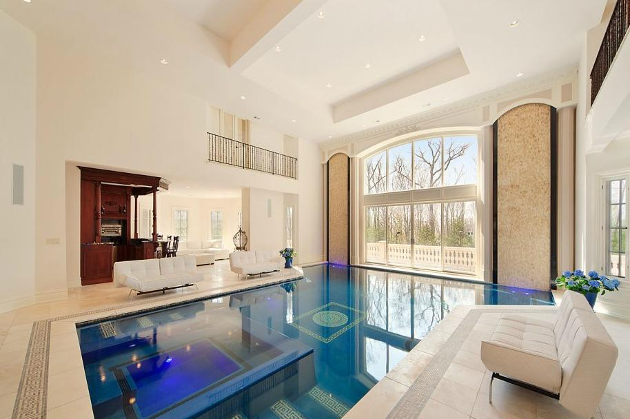 An American 'palace' with a pool at its heart pool