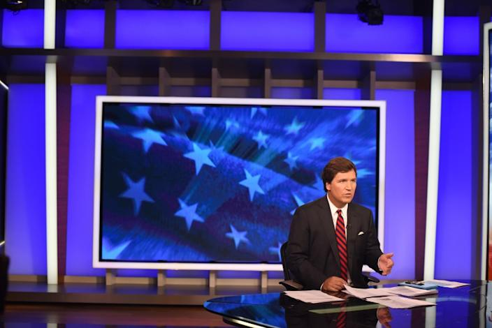 3060761_la-fi-ct-tucker-carlson-fox