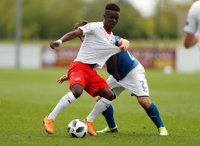 Soccer Football - UEFA European Under-17 Championship - Group A - Italy v Switzerland - St George's Park, Burton Upon Trent, Britain - May 4, 2018 Italy's Alberto Barazzetta in action with Switzerland's Felix Khonde Mambimbi Action Images via Reuters/Lee Smith