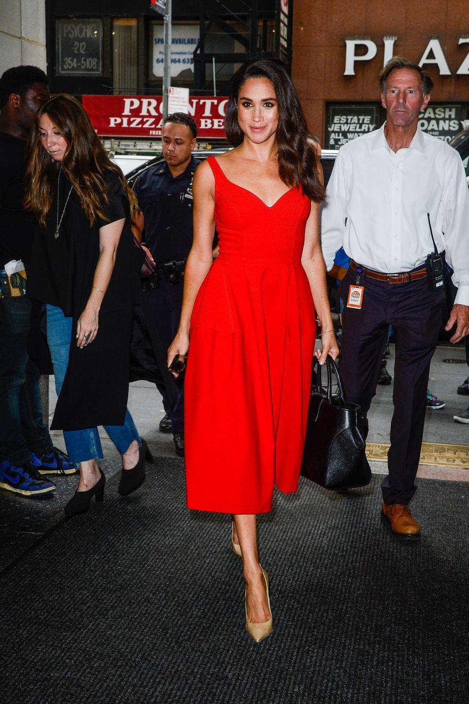 <p>Meghan Markle enters the 'Today Show' taping at NBC Rockefeller Center, July 2016</p>