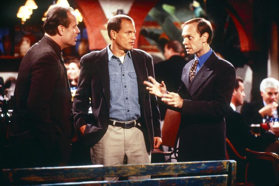 Kelsey Grammer, Woody Harrelson, and David Hyde Pierce have a conversation