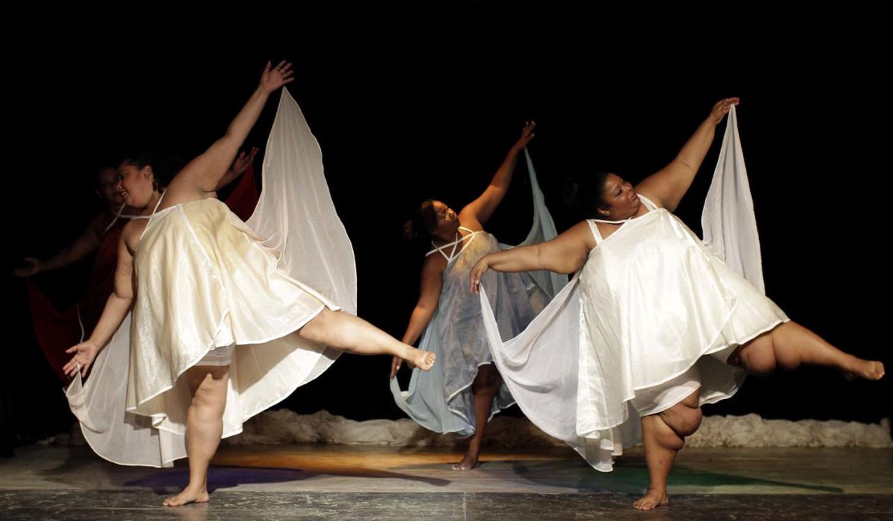 "Members of the Cuban group Danza Voluminosa or Voluminous Dance perform the show ""Crisalidas"" or ""Chrysalis"" in Havana, Cuba, Saturday, Nov. 24, 2012. Voluminous Dance is a theater company with overweight dancers founded by dancer, choreographer and director Juan Miguel Mas. (AP Photo/Franklin Reyes)"