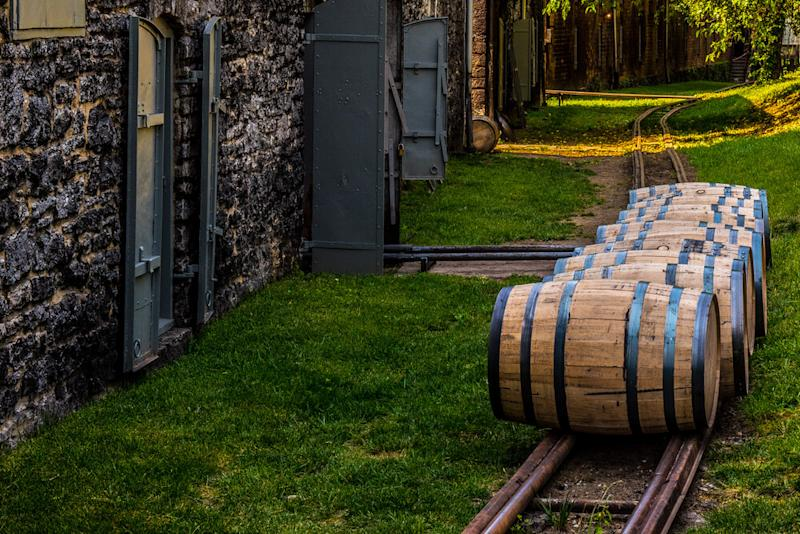 Wave's whiskey fund buys first tranche of Kentucky bourbon