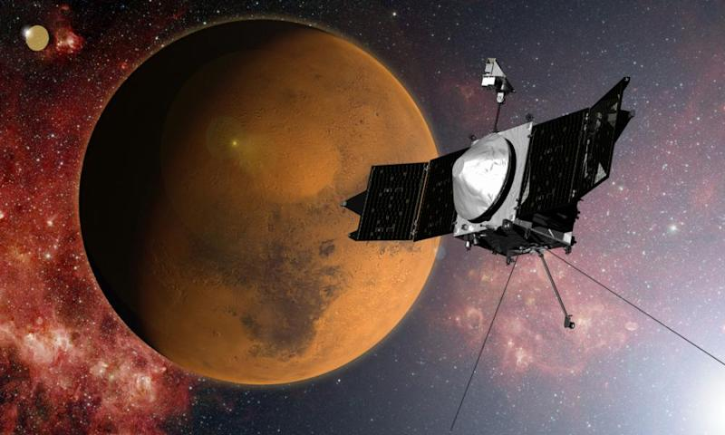 Artist's impression of Maven in orbit