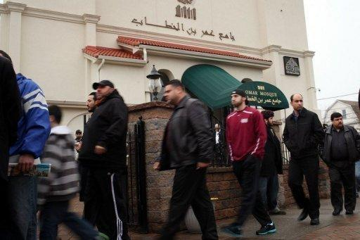 Men walk to Friday Prayer at the Omar Mosque in Paterson, New Jersey on February 24. The US Mosque Survey 2011 counted 2,106 mosques in all 50 states plus the District of Columbia, up 74 percent from 2000