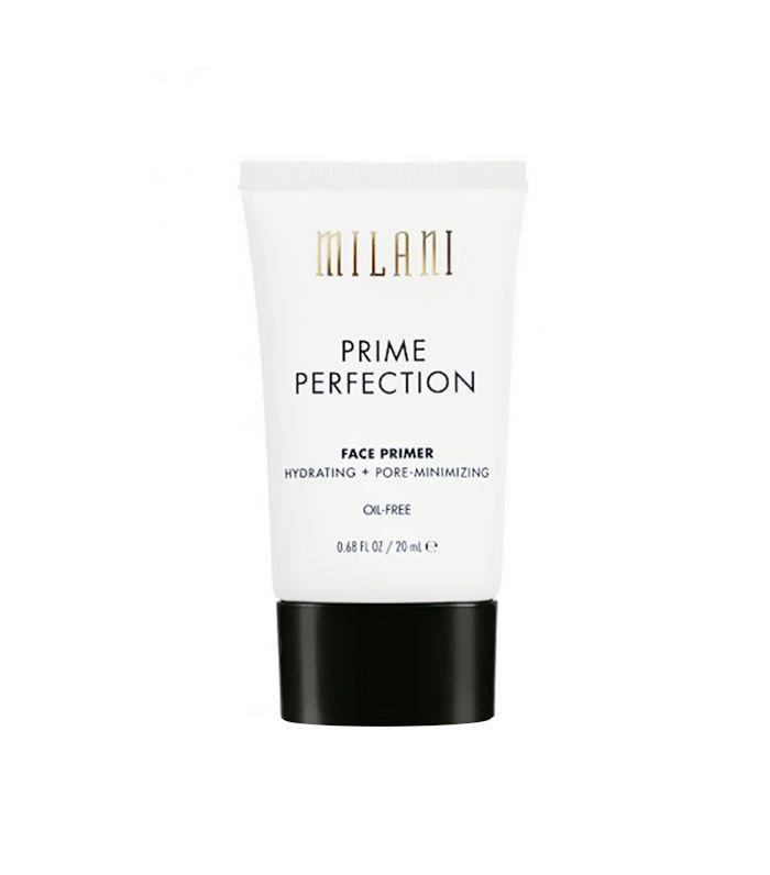 Glowing skin is all the rage, pretty much all year round. This face primer is perfect for an overall luminous and hydrating glow.