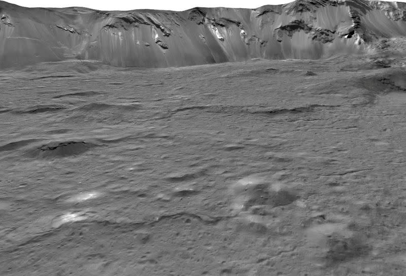 Mosaic of Occator Crater on the dwarf planet Ceres