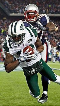 Santonio Holmes' seven-yard touchdown catch gave the Jets a 10-point lead early in the fourth quarter