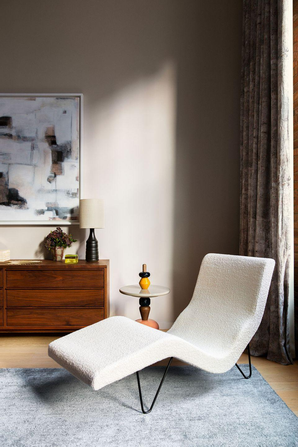 "<p>""I'm not sure it's a trend, but I'm personally gravitating toward more neutrals than I have in a long time, and feel like clients are, too,"" says New York designer <a href=""https://www.bellamancinidesign.com/"" rel=""nofollow noopener"" target=""_blank"" data-ylk=""slk:Bella Mancini"" class=""link rapid-noclick-resp"">Bella Mancini</a>, who is leaning toward moodier living room walls that highlight Farrow & Ball's <a href=""https://www.farrow-ball.com/en-us/paint-colours/old-white"" rel=""nofollow noopener"" target=""_blank"" data-ylk=""slk:Old White"" class=""link rapid-noclick-resp"">Old White</a> and <a href=""https://www.farrow-ball.com/en-us/archived-paint/clunch"" rel=""nofollow noopener"" target=""_blank"" data-ylk=""slk:Clunch"" class=""link rapid-noclick-resp"">Clunch</a>.</p>"