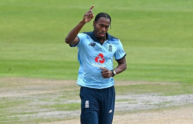Lewis believes Archer is on his way to becoming the best in the world