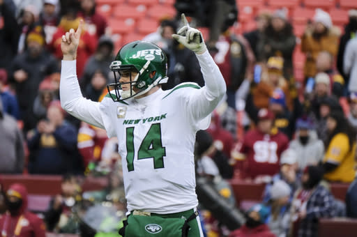New York Jets quarterback Sam Darnold (14) celebrates a touchdown against the Washington Redskins during the second half of an NFL football game, Sunday, Nov. 17, 2019, in Landover, Md. (AP Photo/Mark Tenally)