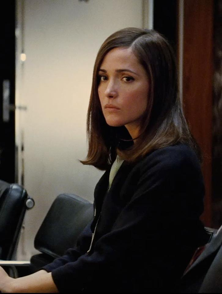 "<a href=""http://movies.yahoo.com/movie/contributor/1800026573"">ROSE BYRNE</a>/MOIRA MacTAGGERT  Rose Byrne has had a big year. She starred in ""Insidious,"" the surprise hit horror flick, and she was a breakout star in last month's ""Bridesmaids.""    In this movie, though, she plays Moira MacTaggert, the liaison between the X-Men and the US government. MacTaggert is not a mutant, but then again Rose Byrne is reportedly not one either."
