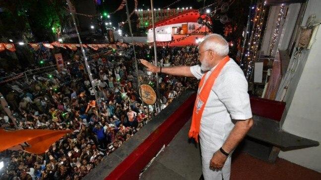 Modi thanked the people of Gujarat in blessing him to soar the heights of political success. He said the next five years will be the time to regain the rightful position of India in the world order.