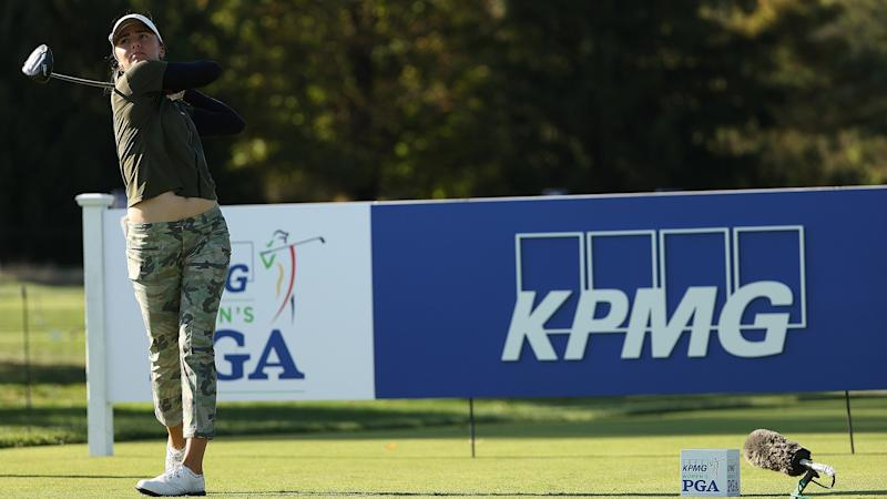 Klara Spilkova assessed two-stroke penalty for slow play, misses cut by one