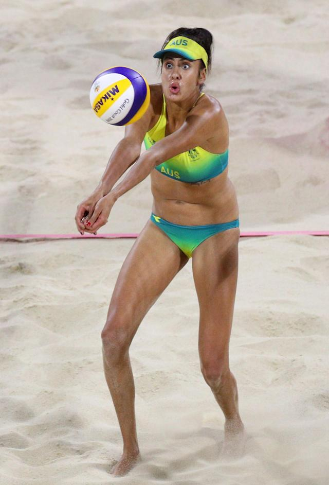 Beach Volleyball - Gold Coast 2018 Commonwealth Games - Women's Gold Medal Match - Australia v Canada - Coolangatta Beachfront - Gold Coast, Australia - April 12, 2018. Taliqua Clancy of Australia in action. REUTERS/Athit Perawongmetha