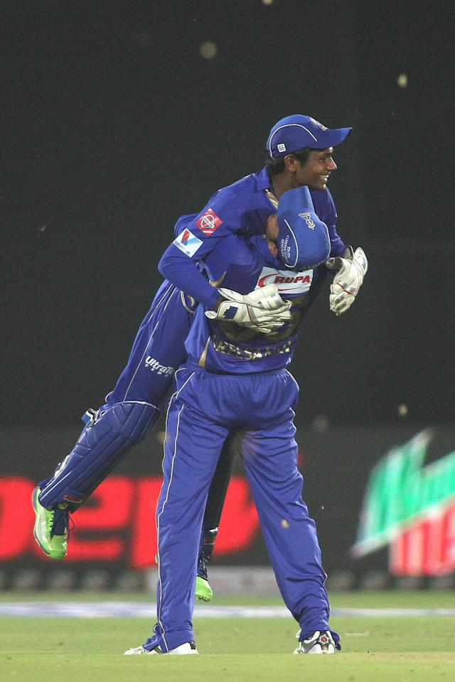 Sanju Samson of Rajasthan Royals is congratulated by Sree Sreesanth of Rajasthan Royals of taking the catch to get R Sathish of Kings XI Punjab wicket during match 18 of the Pepsi Indian Premier League (IPL) 2013 between The Rajasthan Royals and the Kings Xi Punjab held at the Sawai Mansingh Stadium in Jaipur on the 14th April 2013..Photo by Shaun Roy-IPL-SPORTZPICS  ..Use of this image is subject to the terms and conditions as outlined by the BCCI. These terms can be found by following this link:..https://ec.yimg.com/ec?url=http%3a%2f%2fwww.sportzpics.co.za%2fimage%2fI0000SoRagM2cIEc&t=1490821531&sig=nOWW.pG9Hk4wG3M_8pDOmg--~C